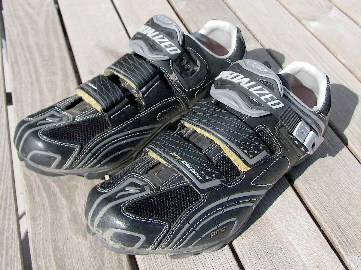 Fat Cyclist » Blog Archive » Stuff Fatty Loves: Shoes Edition
